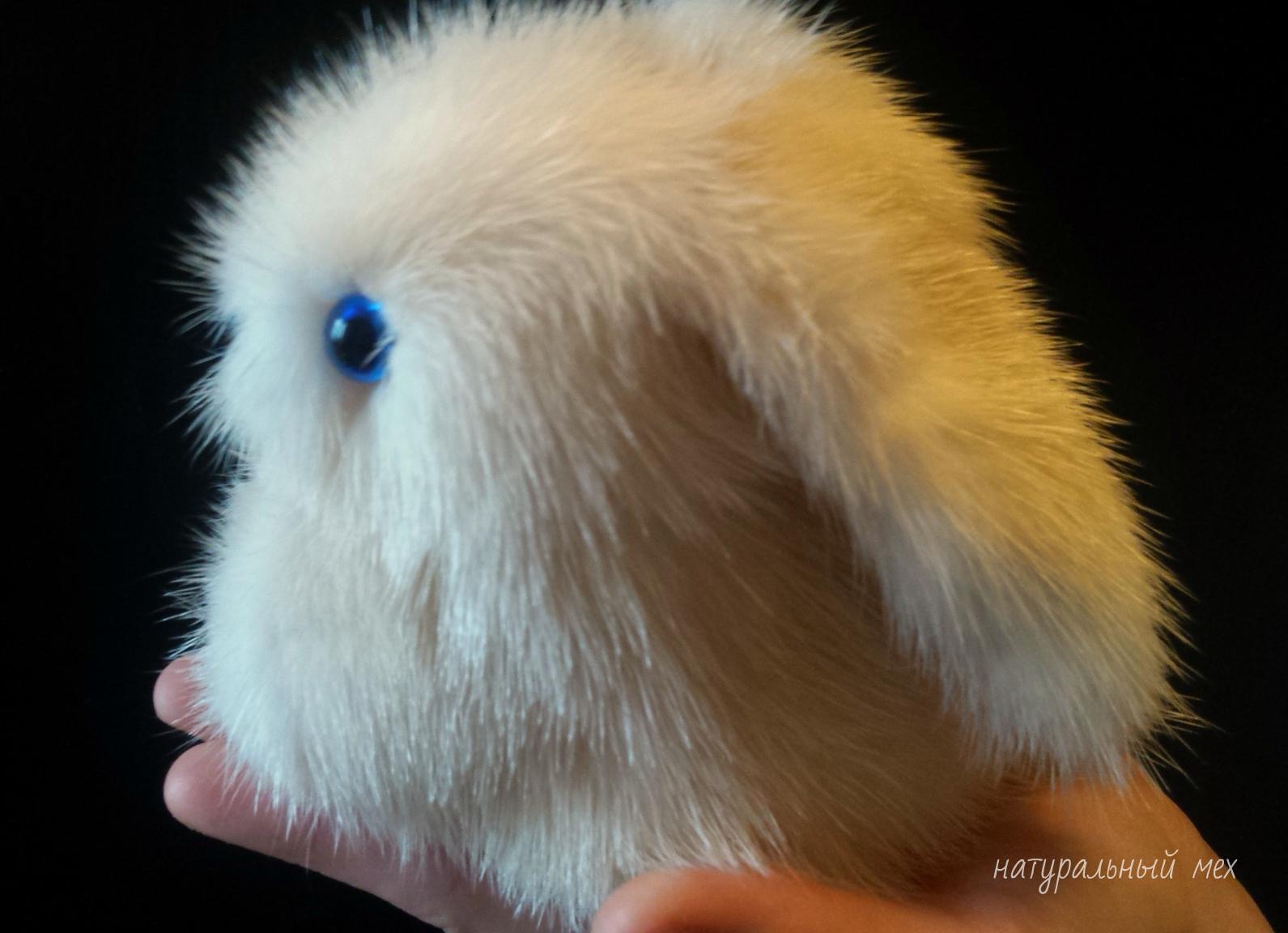Зайчик из меха кролика своими руками 13