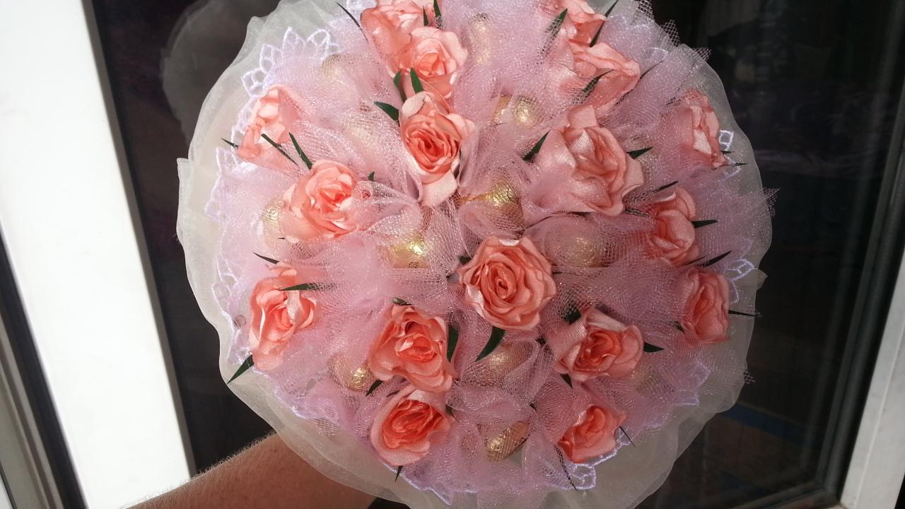 Оформление букетов роз своими руками